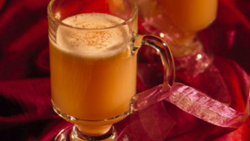 Hot buttered rum drink